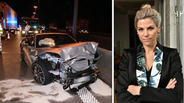 Tanja Dexters vertelt waarom ze vluchtte na vreemd ongeval