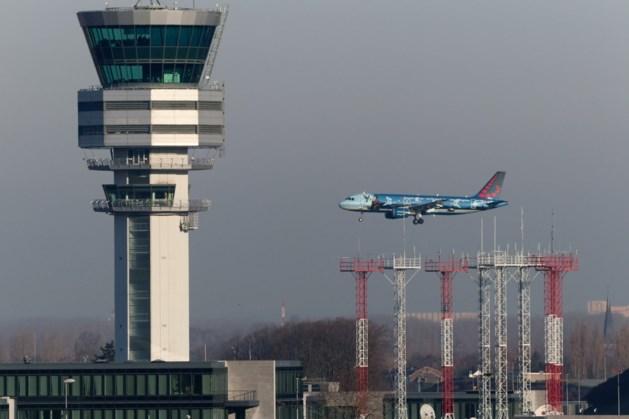 Opnieuw tekort aan luchtverkeersleiders: zaterdag drie uur geen vliegverkeer op luchthaven Luik