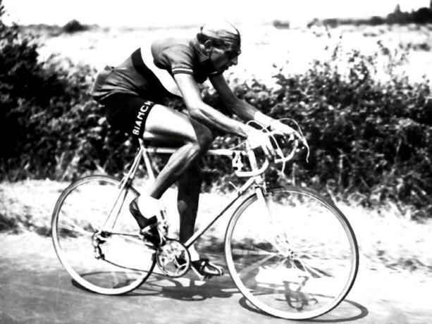 Geboortedorp eert wielerlegende Fausto Coppi met naamswijziging
