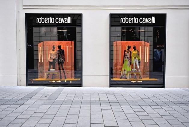 Roberto Cavalli sluit al zijn Amerikaanse winkels