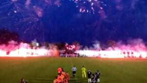 """Voetbalcel onderzoekt Bengaals vuurwerk bij vierdeprovincialer: """"We wisten niet dat we fout waren"""""""