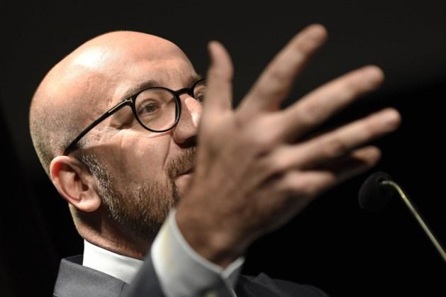 """Premier Michel noemt lijst van grondwetsartikels """"communautaire waanzin"""""""