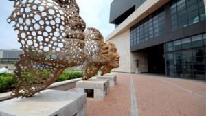 Anton Smit opent tentoonstelling in nieuwe Genkse galerij de 'Uitstalling'