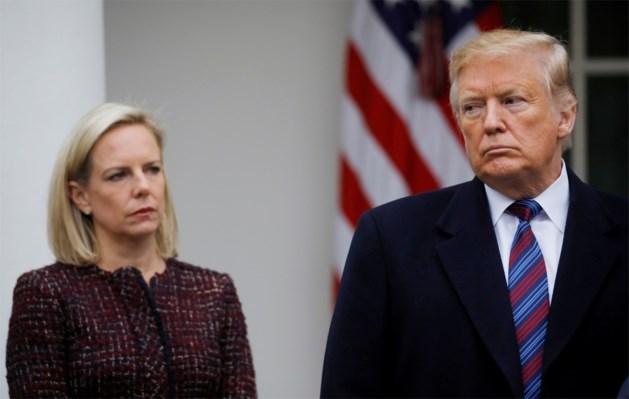 Amerikaanse minister van Binnenlandse Veiligheid stapt op