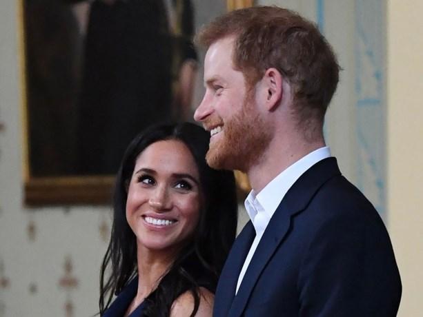 Meghan dumpt dokters van de Queen en neemt haar eigen bevallingsteam in dienst