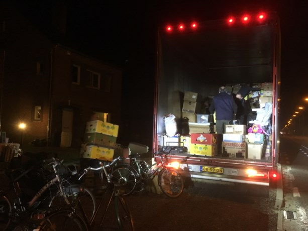 Vrijwilligers verzamelen hulpgoederen voor Estland