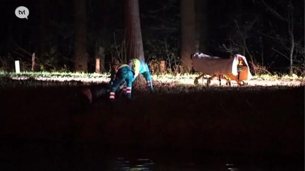 Man ligt 's nachts uren in ijskoud kanaal na valpartij