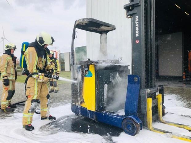 Heftruck brandt uit in Berings bedrijf