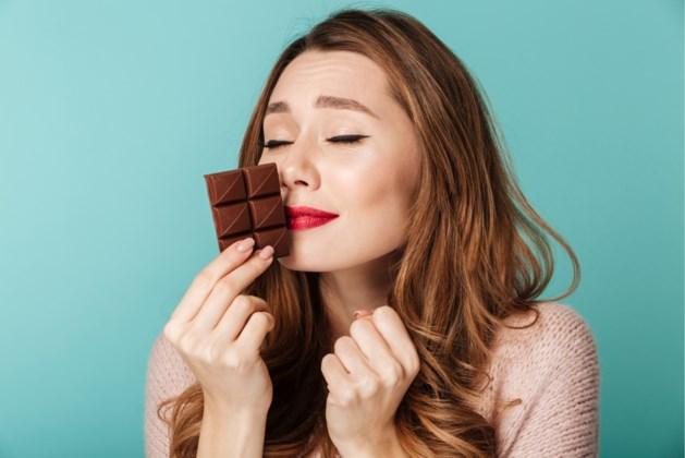Aan chocolade ruiken helpt je om minder te roken