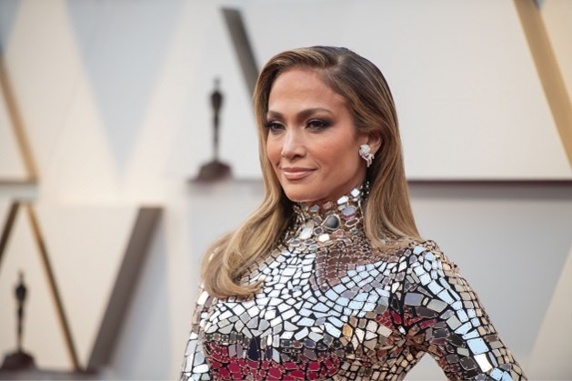 Jennifer Lopez mag belangrijke modeprijs in ontvangst nemen