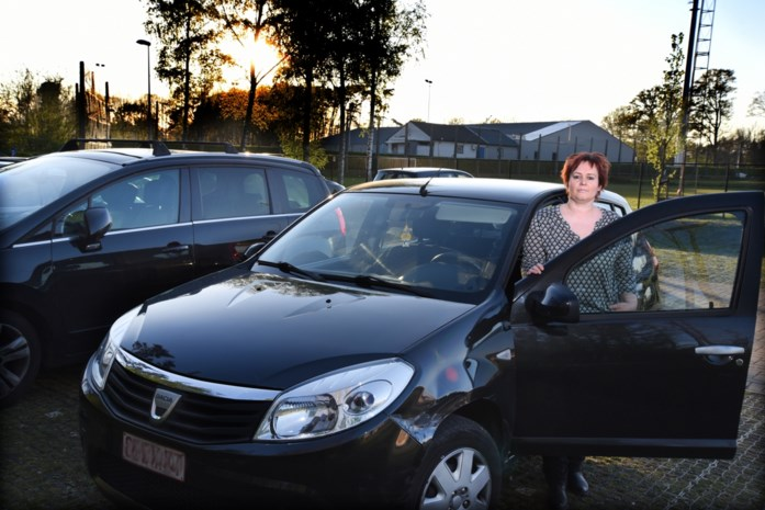 Politie pakt achttienjarige op voor plezierrit met Nissan
