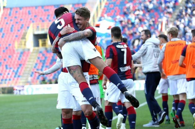 Dennis Praet gaat met Sampdoria zwaar onderuit in Bologna