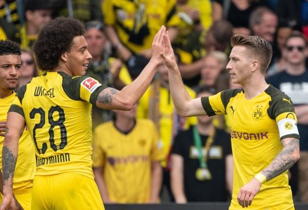 Borussia Dortmund blijft in het zog van leider Bayern na ruime zege