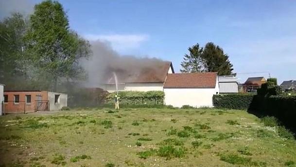 Uitslaande brand maakt woning onbewoonbaar