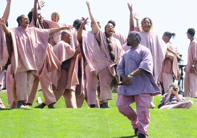 Fans boos over peperdure merchandising van Kanye West