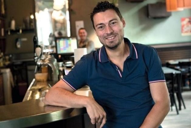 Bekend Leuvense café 'De Blauwe Schuit' sluit na 44 jaar noodgedwongen de deuren