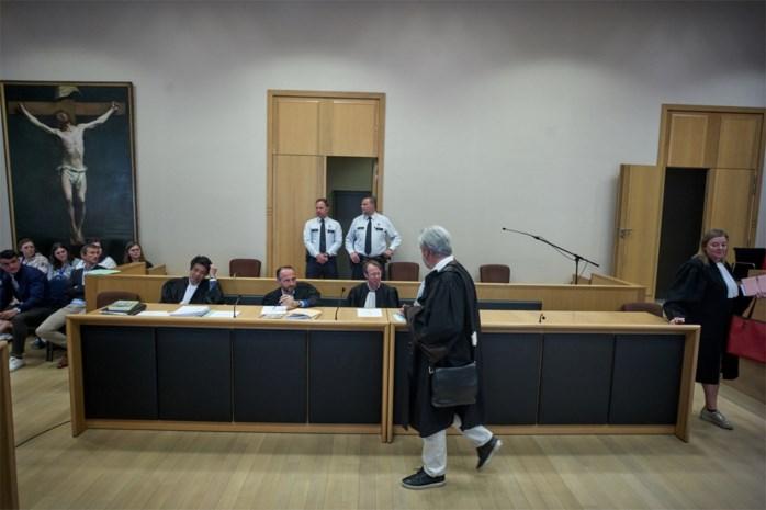 Verdachte daagt niet op voor assisenproces: ex gelooft rotsvast in zijn onschuld