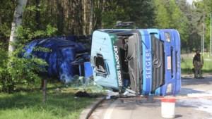 Vrachtwagenchauffeur (60) crasht dag voor pensioen