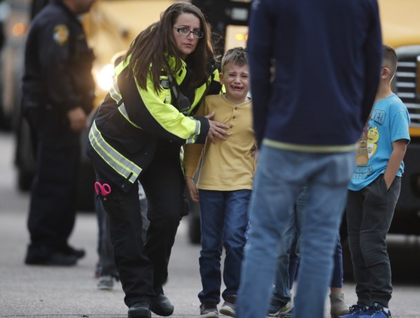 Eén dode en acht gewonden bij schietpartij in Amerikaanse school