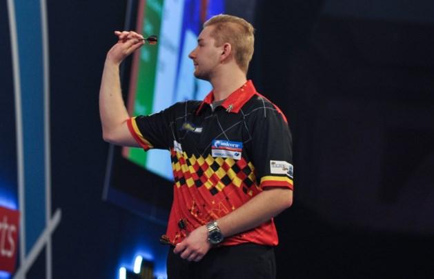 Dimitri Van den Bergh laat overwinning uit handen glippen op European Darts Grand Prix