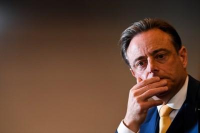 """Zo reageren andere partijen op verhoging pensioenleeftijd: """"Is De Wever op zijn hoofd gevallen?"""""""