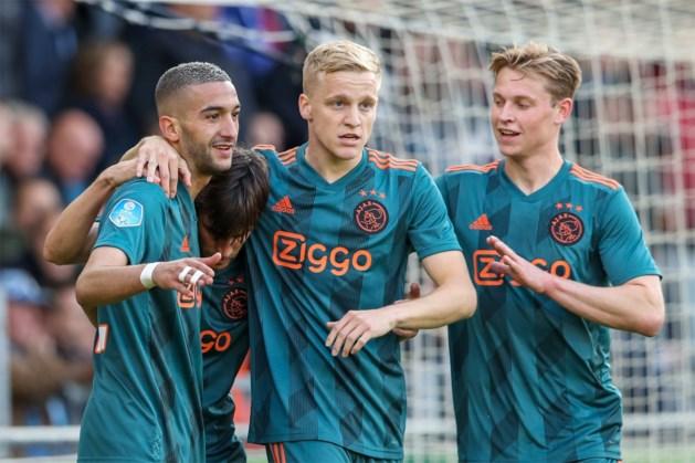 Ajax nu ook officieel kampioen van Nederland dankzij ruime zege bij De Graafschap