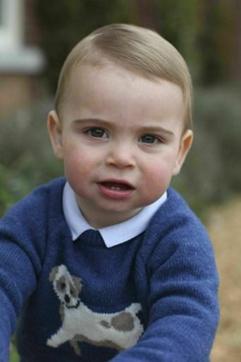 ROYALS. Prins Harry krijgt gelijk in rechtszaak. En waarom moet Kate Middleton altijd op scherp staan?
