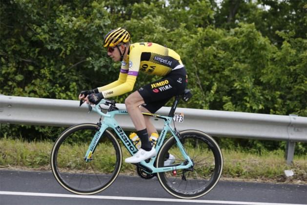 """Laurens De Plus baalt als een stekker na gedwongen opgave in Ronde van Italië: """"Dit doet zeer veel pijn"""""""