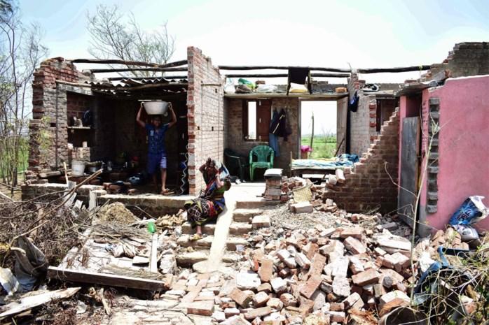 """Cycloon verwoest Limburgs project in India: """"Alles ligt letterlijk plat"""""""