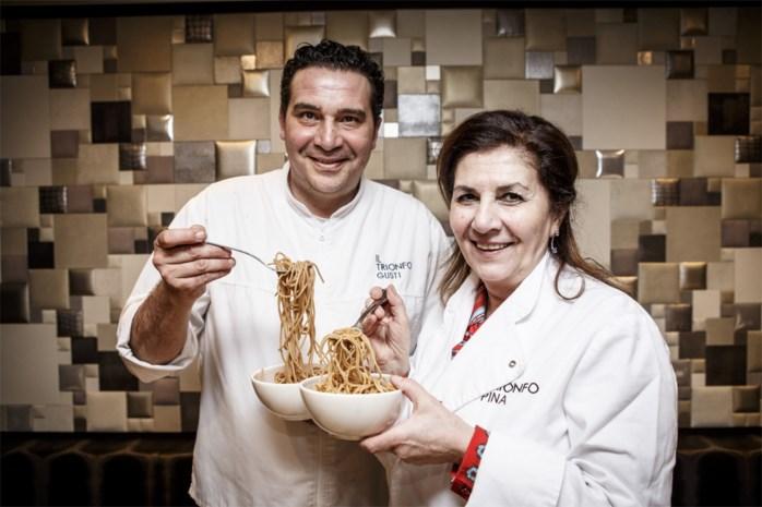 Chef Gusti Pungitore proeft volkorenspaghetti en is gul met goede punten