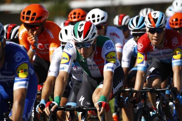 """Teleurgestelde Elia Viviani verlaat Giro zonder ritzege: """"Ik weet niet wat de oorzaak is"""""""