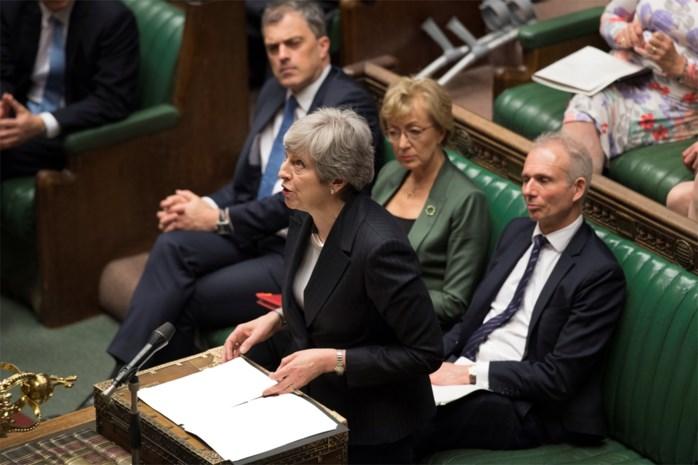 Ondanks groeiende druk binnen eigen partij: Theresa May lijkt niet van plan om de handdoek in de ring te gooien