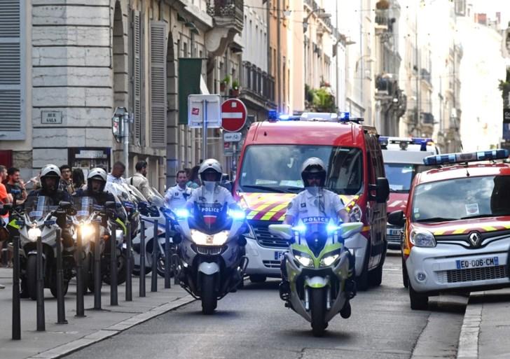 Minstens 13 gewonden bij explosie in Lyon: politie verspreidt foto van verdachte