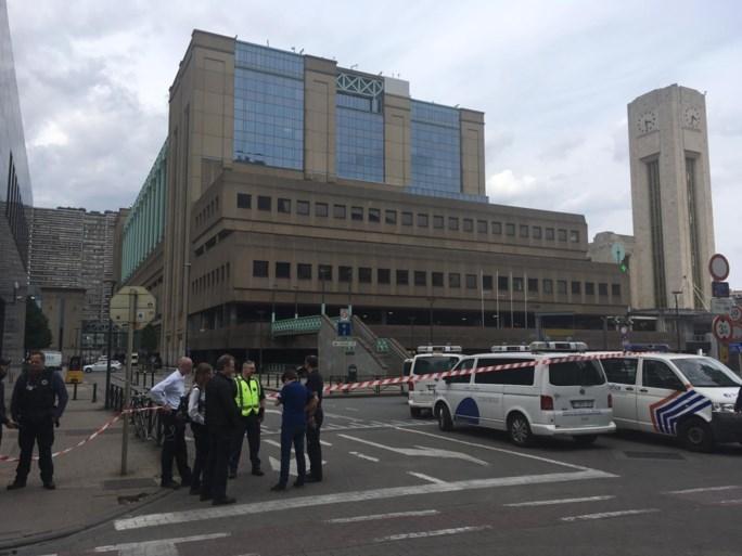 Station Brussel Noord tijdlang ontruimd na bommelding, treinverkeer even onderbroken