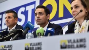 """Chris Janssens (Vlaams Belang): """"Toegang tot sociale zekerheid voor nieuwkomers beperken"""""""