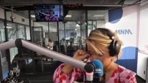 """Emotionele Julie Van den Steen stopt met radio maken: """"Alsof ik afscheid neem van mijn lief"""""""