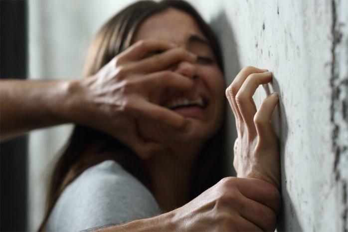 Zonhovense vechtsportleraar aangehouden voor verkrachting leerlinge