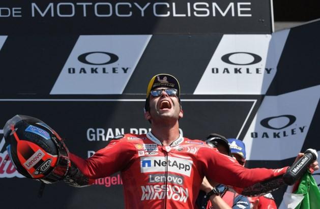 Danilo Petrucci wint voor eigen publiek zijn eerste MotoGP-wedstrijd
