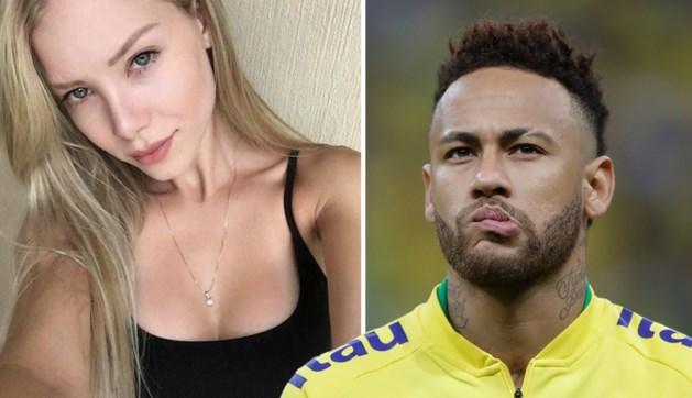 """Vrouw die Neymar beschuldigt van verkrachting: """"Toen ik nee zei omdat hij geen condoom bij had, werd hij agressief"""""""