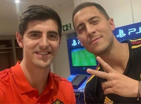 Courtois heet maatje Hazard welkom bij Real