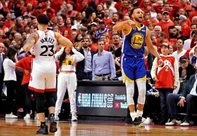 Raptors redden het niet in kolkend eigen huis: twee dikke driepunters bezorgen Warriors de zege én een zesde finalematch