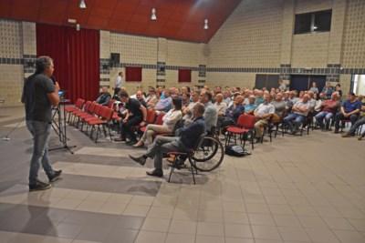 Buurtbewoners bezorgd over vrachtverkeer van nieuwe kippenstal in Wijchmaal