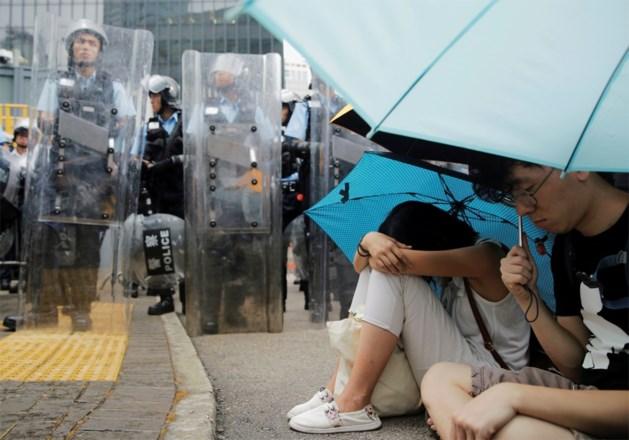 Hongkong stelt bespreking van controversieel wetsvoorstel uit na massaal protest