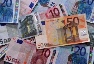 Genkenaar koopt 17 valse eurobiljetten op rommelmarkt in Sint-Truiden