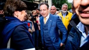 De Wever nodigt Vlaams Belang voor derde keer uit