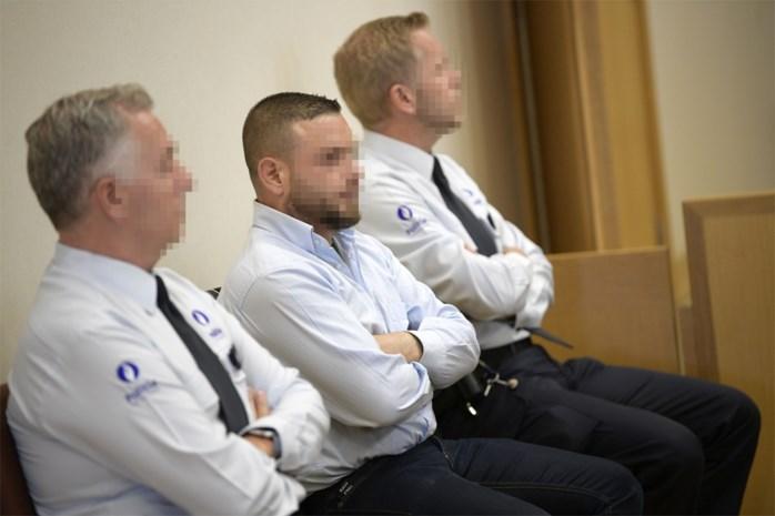 Assisenproces onverwacht geschorst nadat jurylid onwel wordt bij toelichting wetsdokter