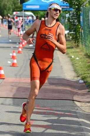 Australiër Hausser wint WB-triatlon in Astana, Vanderplancke zestiende