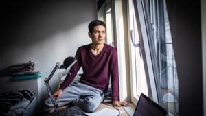"""Minderjarige asielzoeker (15): """"Ik kook vooral Belgisch: vleesje bakken"""""""