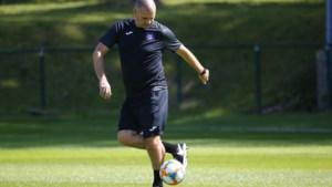 Davies of Kompany: wie beslist wat bij Anderlecht?