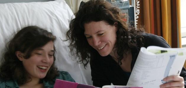 Een Hart voor Limburg helpt School&Ziek zijn om langdurig zieke kinderen bij te benen
